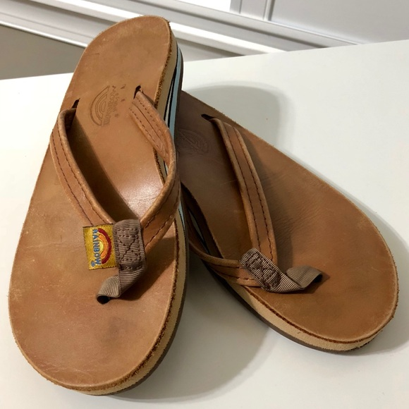 2479f4900 Rainbow Flip Flops with Thick Sole Womens Size 6. M 5ad7dfd15512fd9fe7effd10